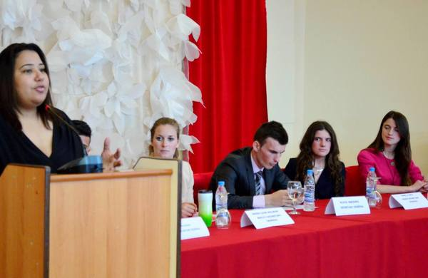 Large moroccan young leader karima rhanem guest speaker at opening of the mun