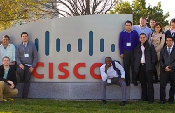 OFPPT: Distinction au concours Cisco Networking Academy NetRiders 2015